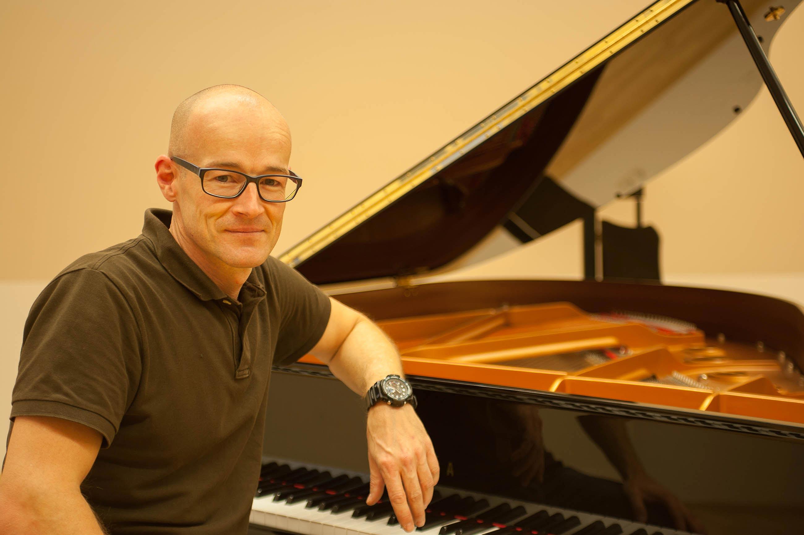 Lieb-Klavier-(c)-Tobias-Zachl_CZ25356